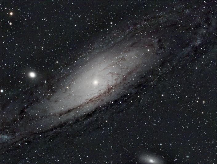 M31 Andromeda Galaxy - distance 2.5 million light years